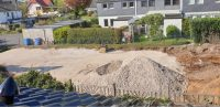 Sand wird angefahren und verteilt © Foto: Hans-Dieter Heins